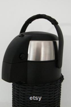 Pump pitcher